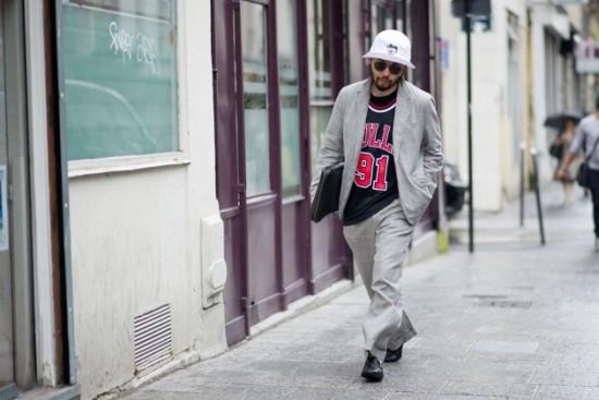 paris-fashion-week-street-style-report-part-2-04-630x420-550x367